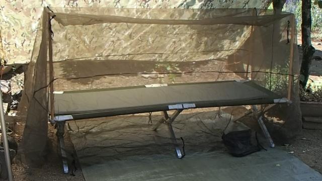 パップテント兼用蚊帳のスキータテントのセット完了