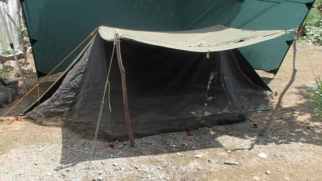 スキータテント導入後のパップテント