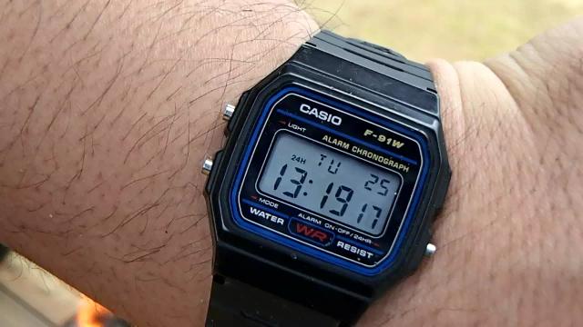 蒸らし終了時間をチープカシオな時計で確認