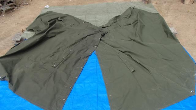 ポーランド軍テントの裏側