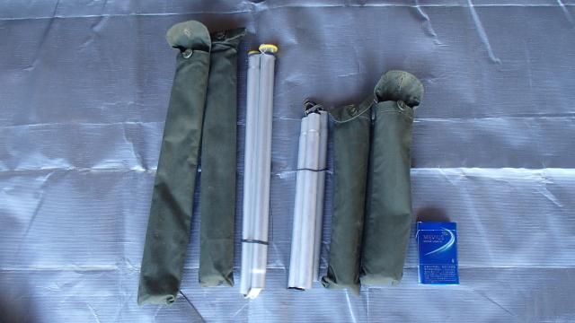 ポーランド軍テントのセンターポール2本と3本