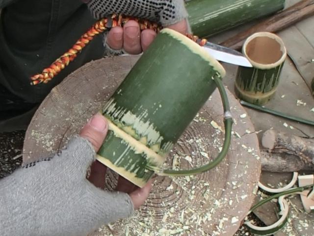 竹の枝把手の竹マグカップ