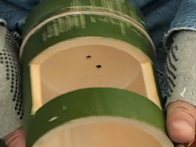 竹コーヒードリッパーの節に二箇所穴をあけました