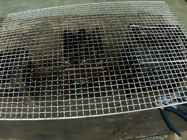 加工する焼き網