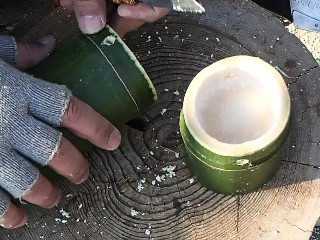 竹水筒本体と竹コップ両方に麻ひも用の穴をあけたところ